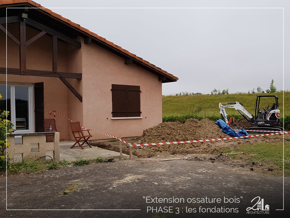 Suivez le chantier de la construction d'une extension en ossature bois. Phase 3, les fondations